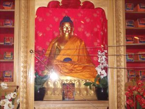 Buddha Shakyamuni with vase-strings (explained later)