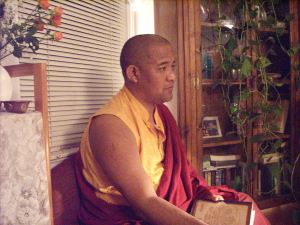 Khenpo teaching in Ch'ville (at Tara's Den)