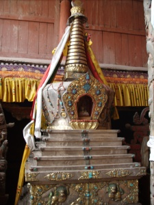 Stupa at Hemis Gompa, note turquoise and precious stones